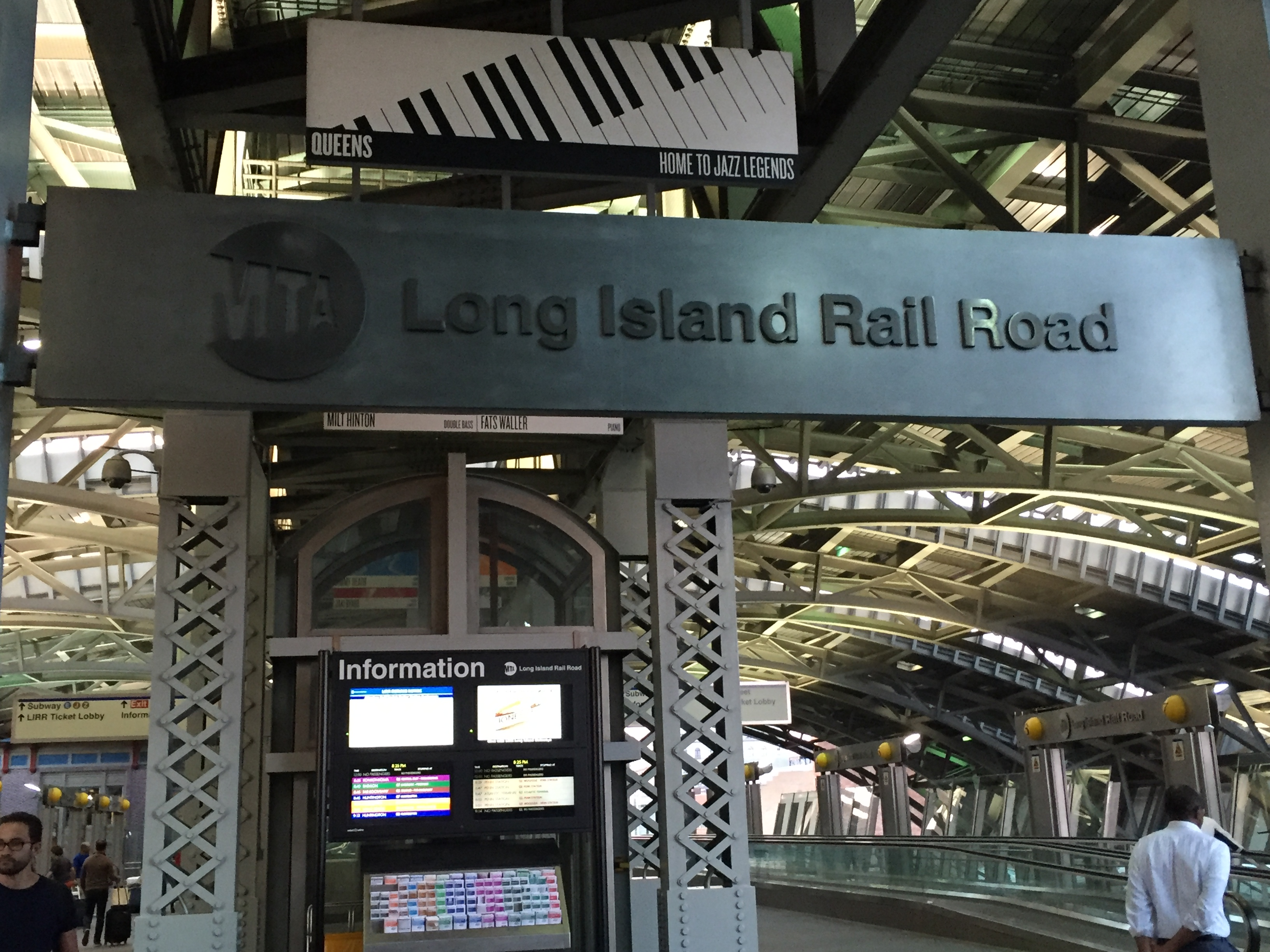 At just $7.75 each way, the fastest, affordable and relaxing way to get to midtown from JFK is on the Long Island Railroad (LIRR).